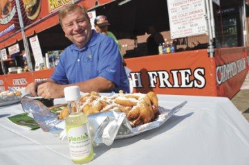 John Motter enjoyed some great fair food made with high-oleic soy oil at the Ohio State Fair last summer.