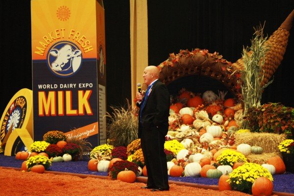 judge-at-world-dairy-expo