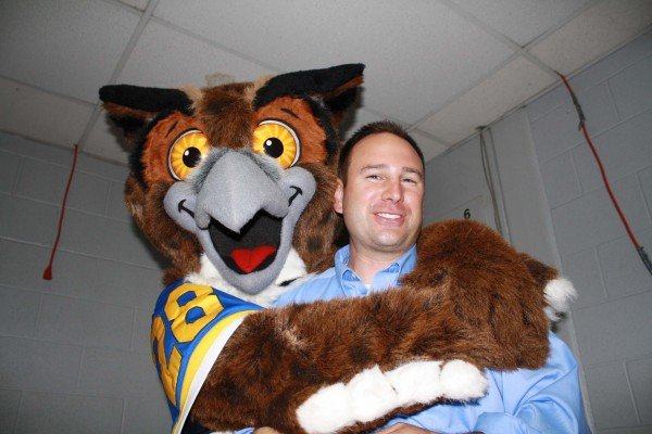 Flyte the Owl stopped by to surprise Matt Reese
