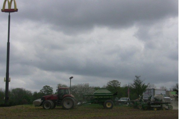 Right behind the McDonald's on 95 off of I-71 in Morrow County, Fishburne Farms plants some corn. Wonder where lunch is?