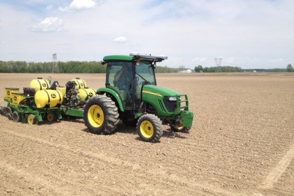 Trupointe test plots featuring Progressive Crop Technology products. Soybean planting on 05/09/13.  Trent Fahnke driving.