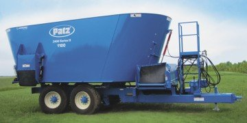 1,100 cu. ft. 2400 Series II Trailer Twin Screw Vertical Mixer