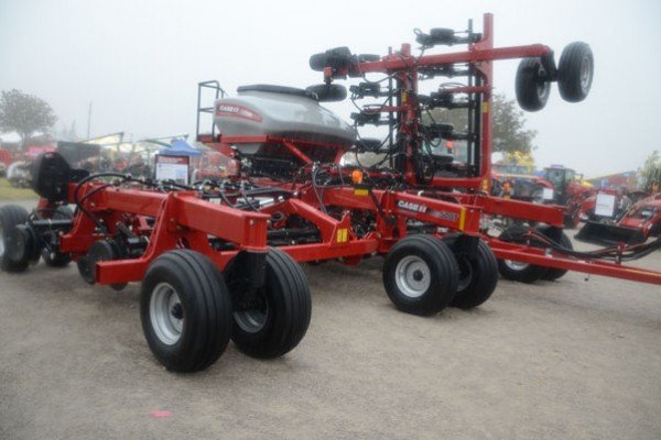 The Case Precision Disk 500T single disk air drill has been a popular attraction.