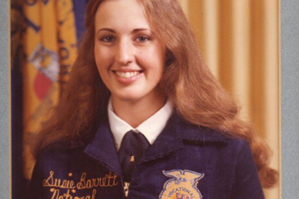 Susie (Barrett) Bline, from the Warren Chapter, was Ohio's first female National Officer, serving as the 1980-1981 National Eastern Region Vice President.