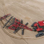 The Magnum Rowtrac tractor completes the Case IH full line of equipment by providing a track tractor that's fully adaptable to narrow or wide row spacing and has the maneuverability producers need.
