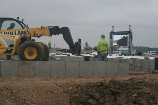 Construction of the new Beck's facility, set to open in 2015 in London, Ohio.
