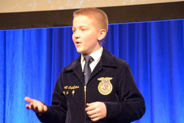 Jerrett Crowthers, from the Edgewood/Butler Tech FFA (and also a 2015 student reporter) presented the Creed.