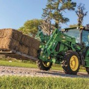 The new sloping hood on the 5E Tractors allows better visibility for the operator.