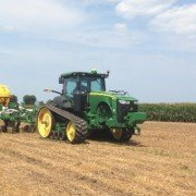 The John Deere 2510H — an anhydrous tool bar for either pre-plant or sidedress applications — offers a solution to incorporating fertilizer in no-till.