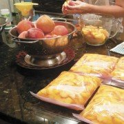 Food (peaches)