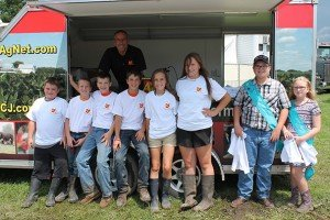 Several youngsters sporting their new Ohio Ag Net and Soy Biodiesel shirts they got for free