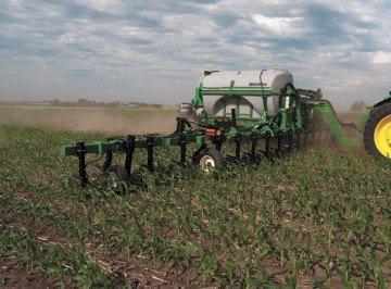 Unverferth introduces NutriMax liquid fertilizer applicator