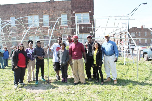 Lynette Harmon, Cuyahoga County District Conservationist; a representative for Congresswoman Fudge; Rashidah Abdulhaqq with the Federation for Southern Cooperatives Outreach; and boys from the United Youth Co-op includng Calvin Welch, Geavonte Johnson, Justice Barrett, Hariom Barrett, Muhammad Abdul Haqq, and Yusuf Abdul Haqq; and Al Norwood, NRCS urban conservationist toured Cleveland high tunnels this spring.