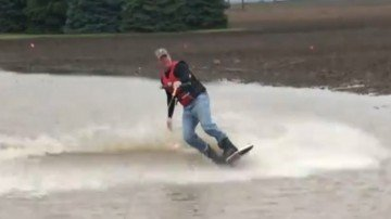Is a wakeboarding farmer an reliable market signal?