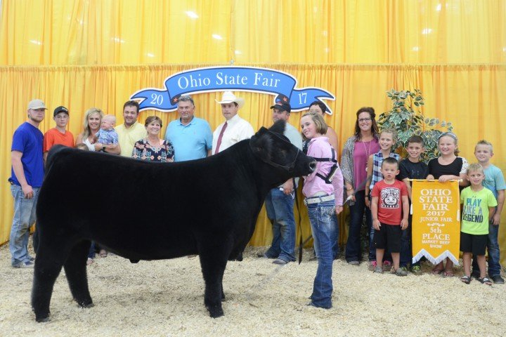 Fifth overall: Division 2 Champion Crossbred, Delaney Jones, Allen Co.