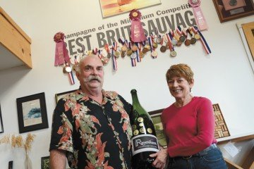 Chuck and Nina Harris started planting grapes for their Union County Ravenhurst Champagne Cellars in 1980.