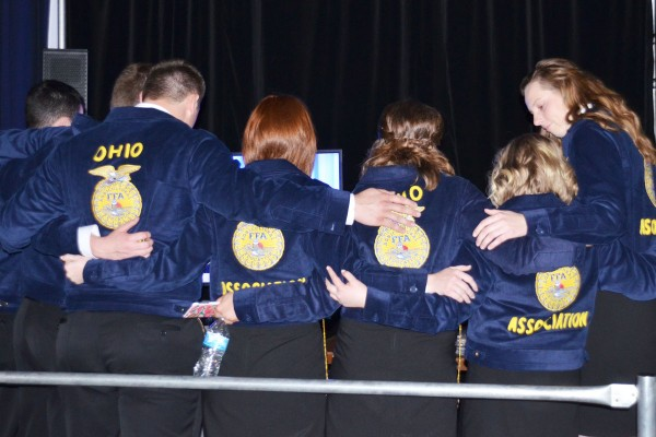 The 2017-2018 state officer team gets ready for the last session.