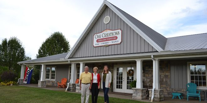 Beau Mike Finlaw And Rosann Franks, And Their Daughter, Emily Finlaw Own And  Operate Oak Creations In Millersport In Fairfield County.